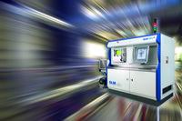 Hannover Messe 2016: SLM Solutions zeigt Ergebnisse additiver Fertigungstechnologie auf dem Messestand von Volkswagen
