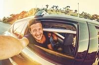 Europcar bietet attraktive Tarife inklusive der Gebühr für junge Fahrer