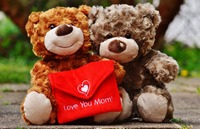 Muttertag: Mom-Domain als personalisiertes Geschenk