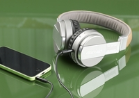 auvisio Faltbares On-Ear-Bluetooth-Headset OHS-120.fm