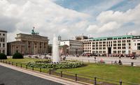 Neues Premium-Office Center …nur 35 Schritte vom Brandenburger Tor entfernt