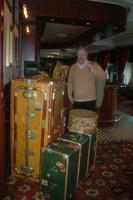 Horst Pomplun schreibt auf dem  Kreuzfahrtschiff Queen Elizabeth sein Band IV