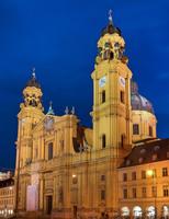 SIO Farben gewinnt Premiumaufträge in München und Darmstadt