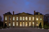 Zumtobel Lichtlösung als das Kernelement im Rodin-Museum Paris
