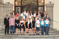 Preisverleihung: Die besten Videos des bayerischen Schülerwettbewerbs TECHNIKENTDECKER