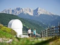 """Neues Highlight nicht nur für Astronomen: Der """"Weg der Sterne"""" im Südtiroler Eggental"""