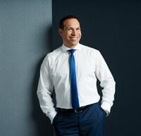 Zwei neue Auszeichnungen für Verkaufstrainer Marc M. Galal