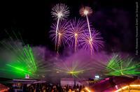 Spektakuläres Feuerwerk und Lasershow, das Highlight des Brandenburg-Tages 2016 auf der Rennbahn Hoppegarten