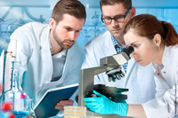 Prüfung und Wartung Laborabzüge und Sicherheitsschränke