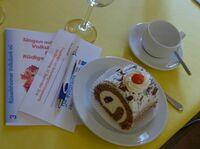 Rüsselsheimer Volksbank feiert Seniorengeburtstagsparty