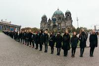 Hunderte Demonstranten in Berlin gegen Menschenhandel