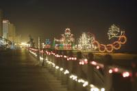 """Lichtermeer am Strand und verrückter Santa-Lauf: Virginia Beach zelebriert die """"Holiday Season"""""""