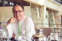 Klaus Hellmann wechselt in den Aufsichtsrat der Hellmann-Gruppe