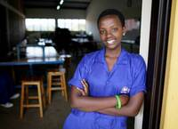 Jeder 2. Jugendliche weltweit arbeitslos oder arm trotz Arbeit: SOS-Kinderdörfer fordern Beschäftigungspakt