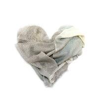 Maheela-Schals: Schicke Noblesse und eine gute Sache