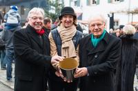 Mehrere Hundert Besucher und 2.300-Euro-Spende: Weihnachtsmarkt im Kempinski Hotel Frankfurt ein voller Erfolg