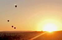 Ich will: Heiratsantrag beim orientalischen Sonnenaufgang