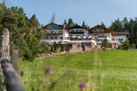 """Fit und g""""sund das ganze Jahr - die heilende Luft um das Südtiroler Hotel Tann****"""
