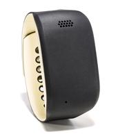 Zembro präsentiert digitales Notrufarmband für Senioren auf dem Deutschen Pflegetag