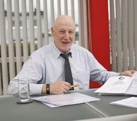 Nur die Kalk-Innenputzlinie der Schwenk Putztechnik hat das strenge TÜV-Zertifikat: Interview mit Johann Endrass, Produktmanager für Putze, bei der Schwenk Putztechnik