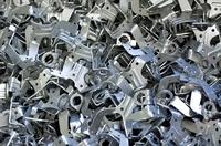 Eskalation: Stahlpreisentwicklung treibt  erste Zulieferer in Liquiditätsprobleme