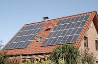 Selbst produzierter Solarstrom: speichern und 80 % nutzen