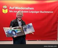 Friedhelm Meinaß stellt auf Leipziger Buchmesse Fotoband zum Jaguar Kunstprojekt vor