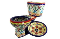 Handbemalte mexikanische Toiletten und Waschbecken