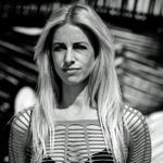 Sängerin Susan Blake ist neue Delfinbotschafterin der GRD