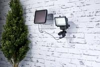 Luminea Solar-LED-Wand-Fluter für außen