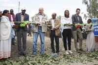 Menschen für Menschen: Sara Nuru eröffnet 400. Schule in Äthiopien