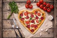 "Italien-Aktion von Sunny Cars zum ""Pizza Party Tag"""