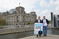 """Plastikfreies Deutschland: Sprudlerhersteller SodaStream und Hannes Jaenicke starten Umweltkampagne """"Goodbye Plastic Bottles"""""""