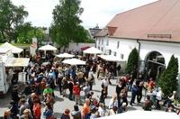 10. Kunsthandwerkermarkt im Rosenschloss in Gundelfingen