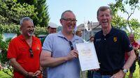 Walter Röhrl erhält Ehrenmitgliedschaft des FIAT 850 e.V.