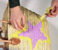 Upcycling mit Farbresten: Wie mit übrig gebliebenen Naturfarben von AURO etwas Neues entsteht