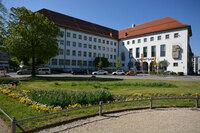 Landratsamt Augsburg beschleunigt IT- und Bürgerservice mit der DeskCenter Management Suite