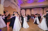 showimage Ehefrau wartet 45 Jahre auf ihr Brautkleid