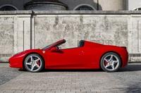 Bezahlen Sie die Mietung der Ferrari Bitkoin