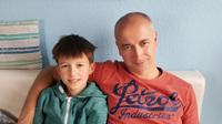 Sohn Simon lebensgefährlich krank: Vater wird Plasmaspender