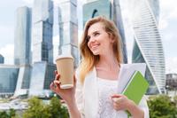 showimage Individuell bedruckte Bio Coffee to go Becher ohne lange Importwartezeiten