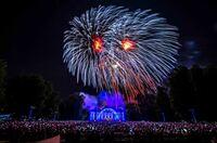 Das Staunen kehrt zurück: Klassik und Kunst trifft auf faszinierende Feuerwerkskunst