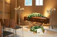Sarg, Urne und Bestattungswaren sind keine alltäglichen Produkte