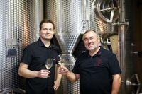 Spaß im Weinglas, mit Rose, Pfirsich und grüner Paprika - Ein Interview mit Winzer Ferry Schindler