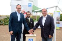 Staatsekretär Möller weiht VSB-Windpark Wipperdorf ein