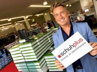 showimage 50.000 Besucher in 3 Tagen: Rekord für schuhplus - Schuhe in Übergrößen