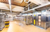 Großbäckerei setzt auf LED-Beleuchtung im Mietkonzept - Presseinformation der Deutschen Lichtmiete