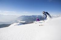 Mit dem Ski von der Haustür auf die Piste - Magic Ski schnürt neue Rundum-Sorglos-Pakete für Winterurlaub in den Dolomiten