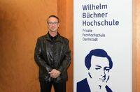 Goldschmidt-Stiftung zeichnet Absolvent der Wilhelm Büchner Hochschule aus