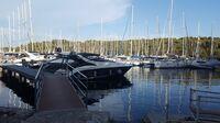 Sebastus - Yacht Charter mit vollen Segeln